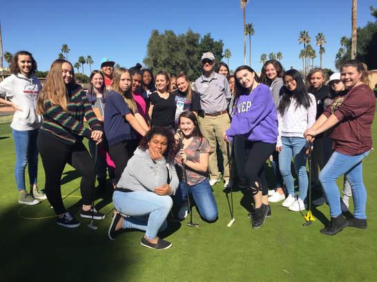 increasing female golf participation